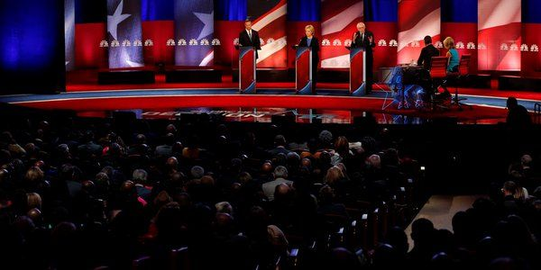 US Democratic debate: Candidates spar on gun control - See more at: http://www.dblissmedia.com/2016/01/us-democratic-debate-candidates-spar-on.html