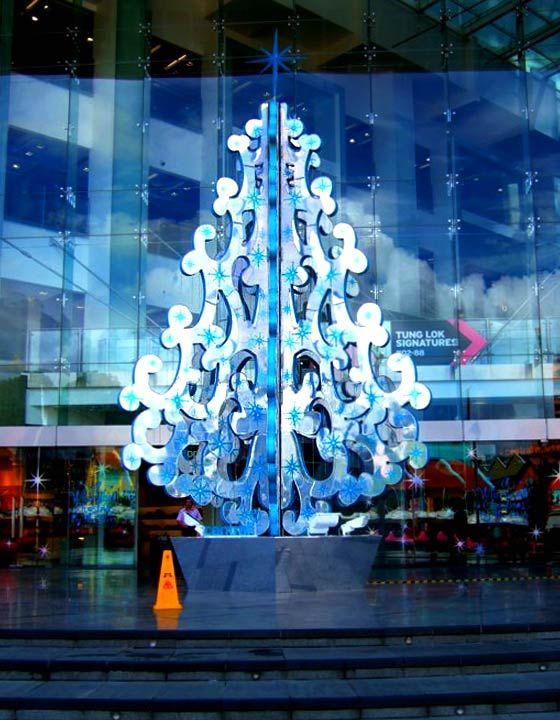 Christmas tree at The Central Clarke Quay, Singapore