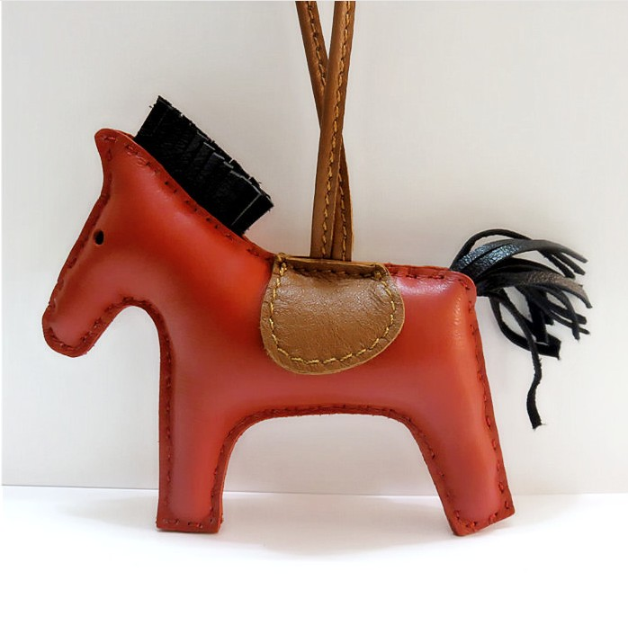 Women Handbag Key Chain Bag Leather Horse Hoof Horseshoe Chain Charm Accessories