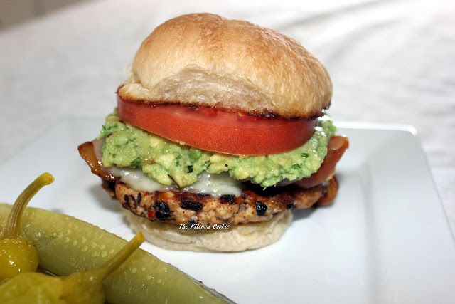 TheKitchenCookie: Spicy Chicken And Black Bean Burger