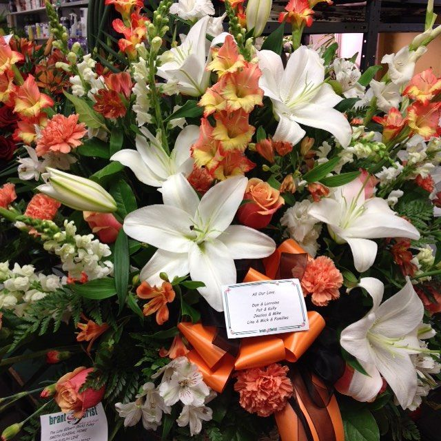 #tribute #fall #lilies #gladioli #snapdragons #roses #carnations #alstroemeria