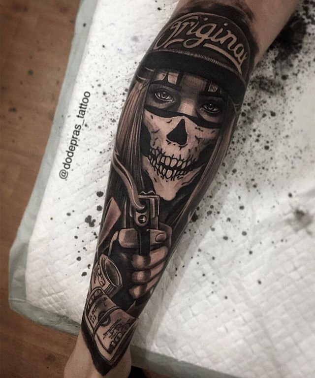 Scope out this Firme piece by Artist @dodepras_tattoo TatDaddy Brand Apparel! ✴Art Driven ✴ Tattooed