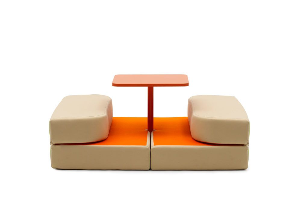 sweet talk and dream mobilier modulable par matali. Black Bedroom Furniture Sets. Home Design Ideas
