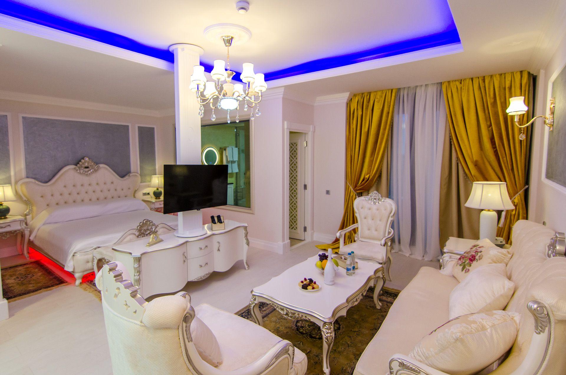 Deluxe Suit Luxurious Suit Hotel Seaside 5 Star Hotel Room