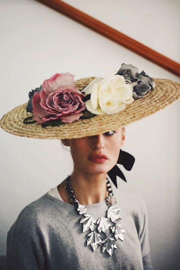 Cómo ir perfecta a una boda de día Pamelas Para Bodas 1d2c1d1187e0