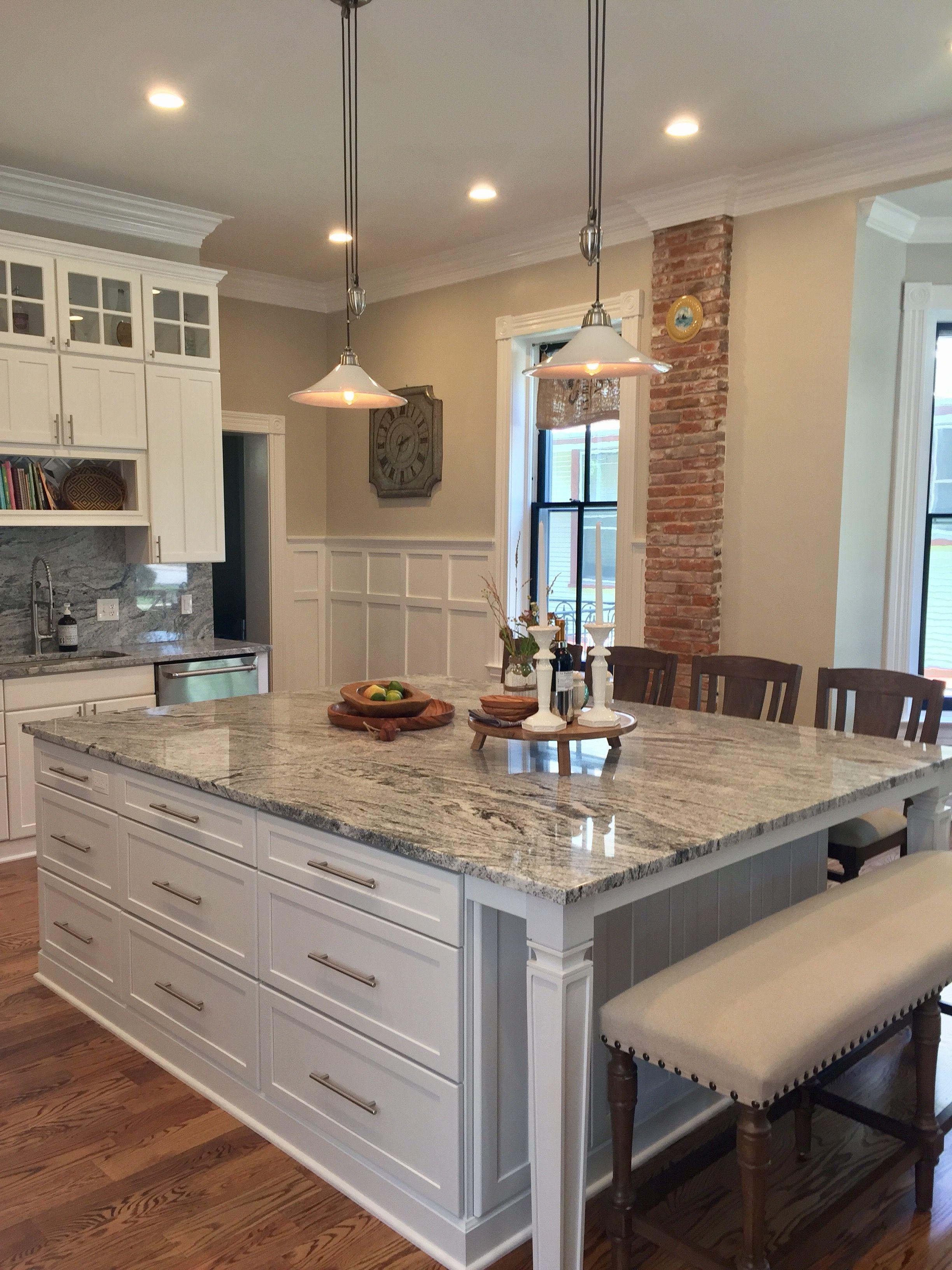 Best White Island With Silver Cloud Granite Granite Kitchen 400 x 300