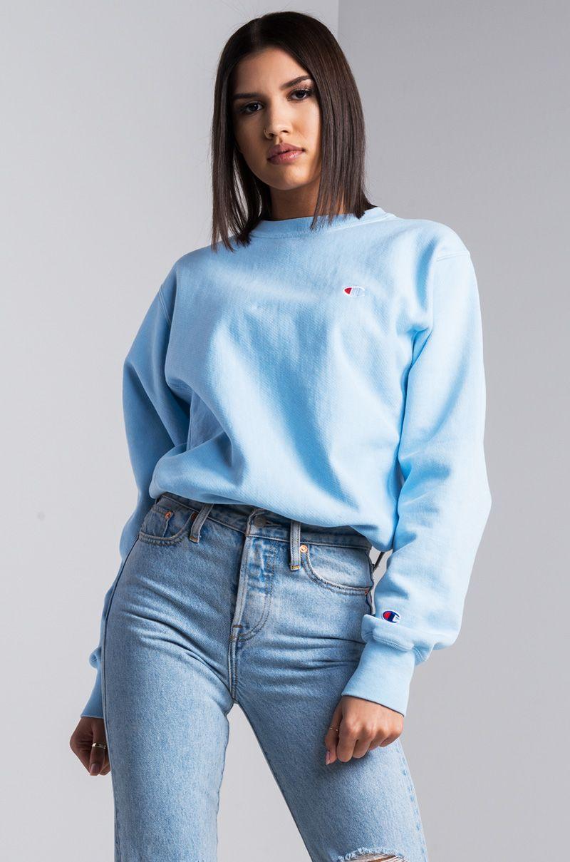 Champion Reverse Weave Crew Neck Small C Women s Sweatshirt in Upstate Blue 7810dd7b1f