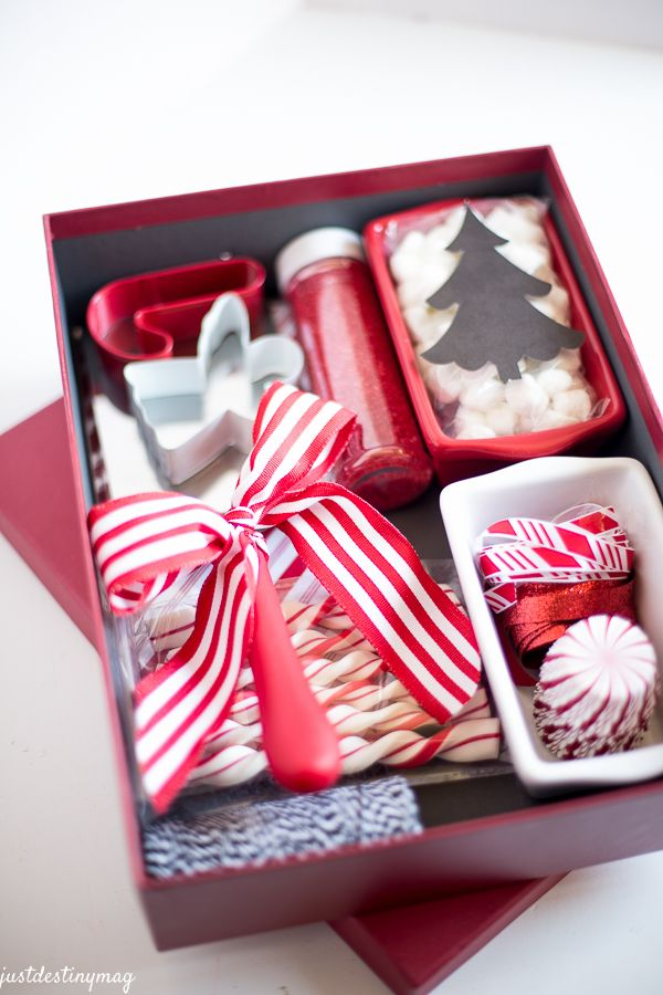 Easy Christmas Gifts and Wrapping from MichaelsMakers Just Destiny ...