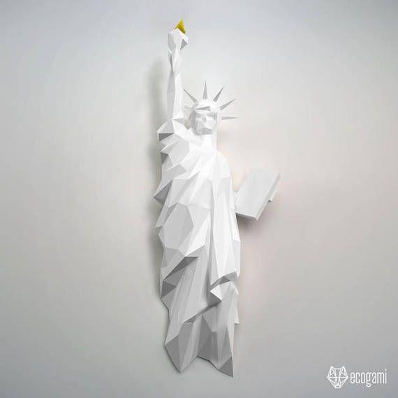 New york statue of liberty papercraft diy wall mount for Construye tu casa en 3d