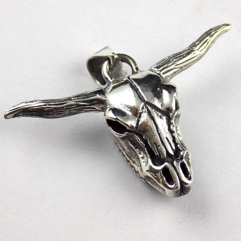 1 Pc Cattle Cow / Bull Ox Head Skull 925 Sterling Silver Oxidize Jewelry Pendant #raagarw #Pendant