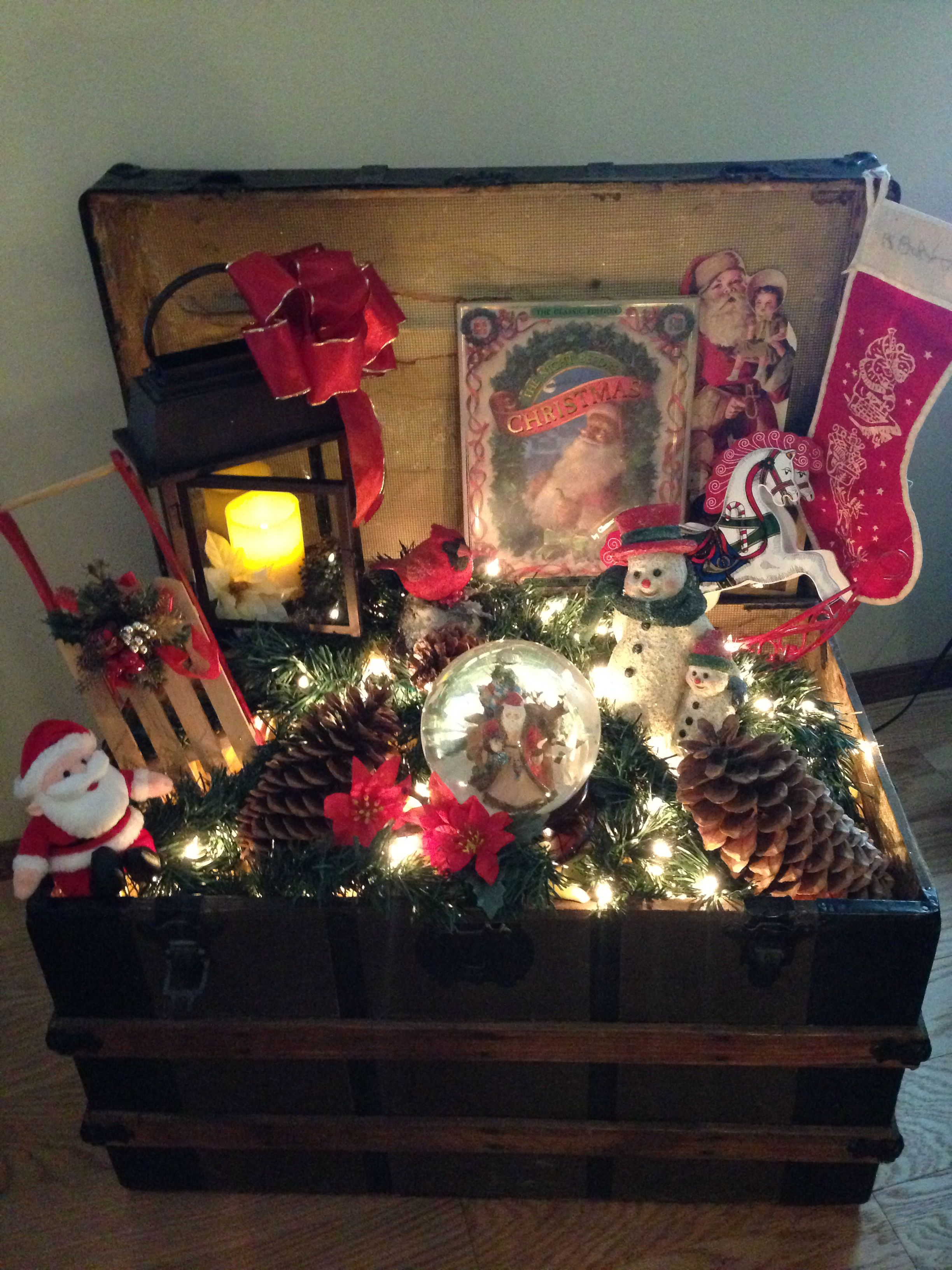I Decorated Great Grandma Susie S Steamer Trunk Larry S First