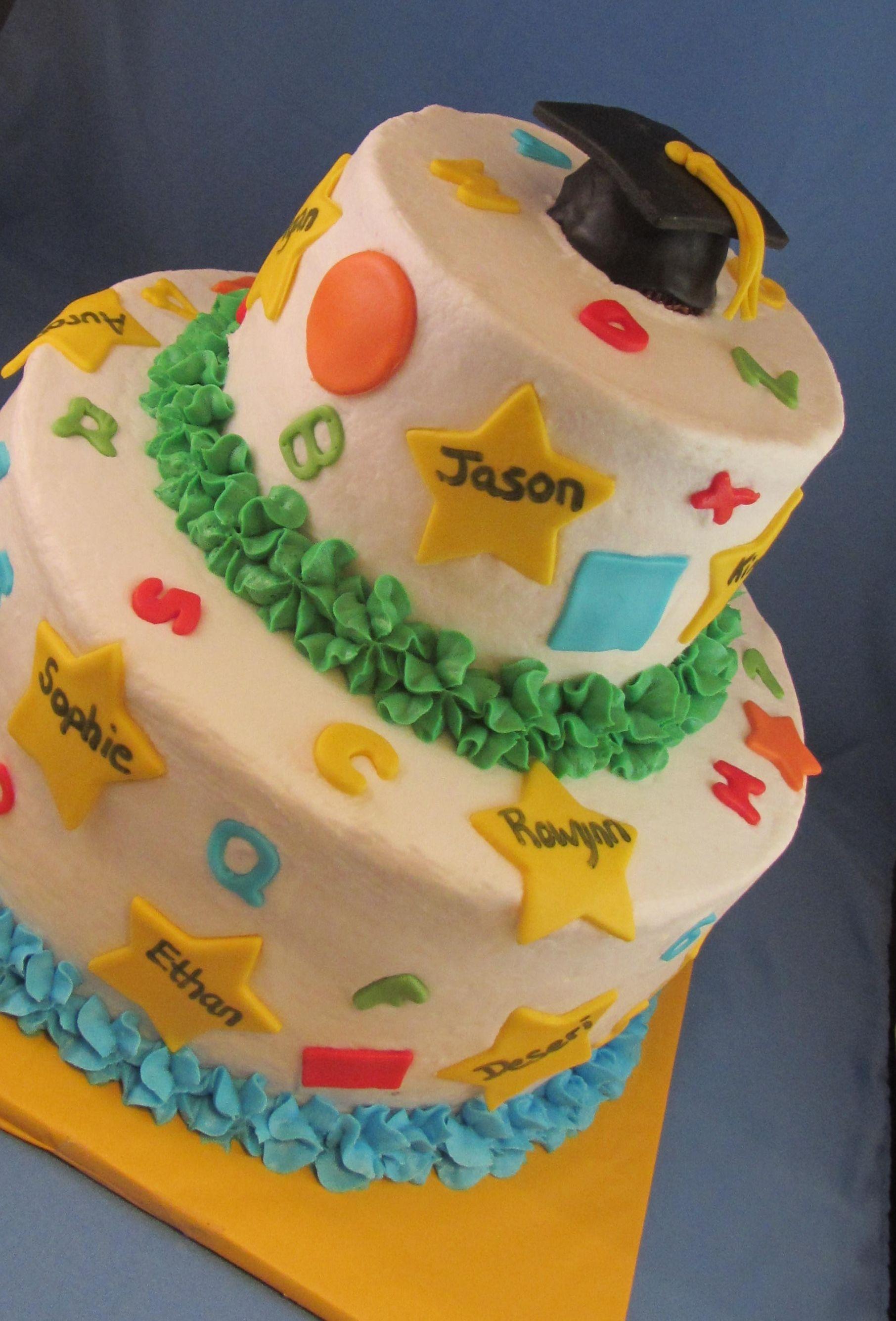Pre School Graduation Cake Cute With All The Kids Names Preschool