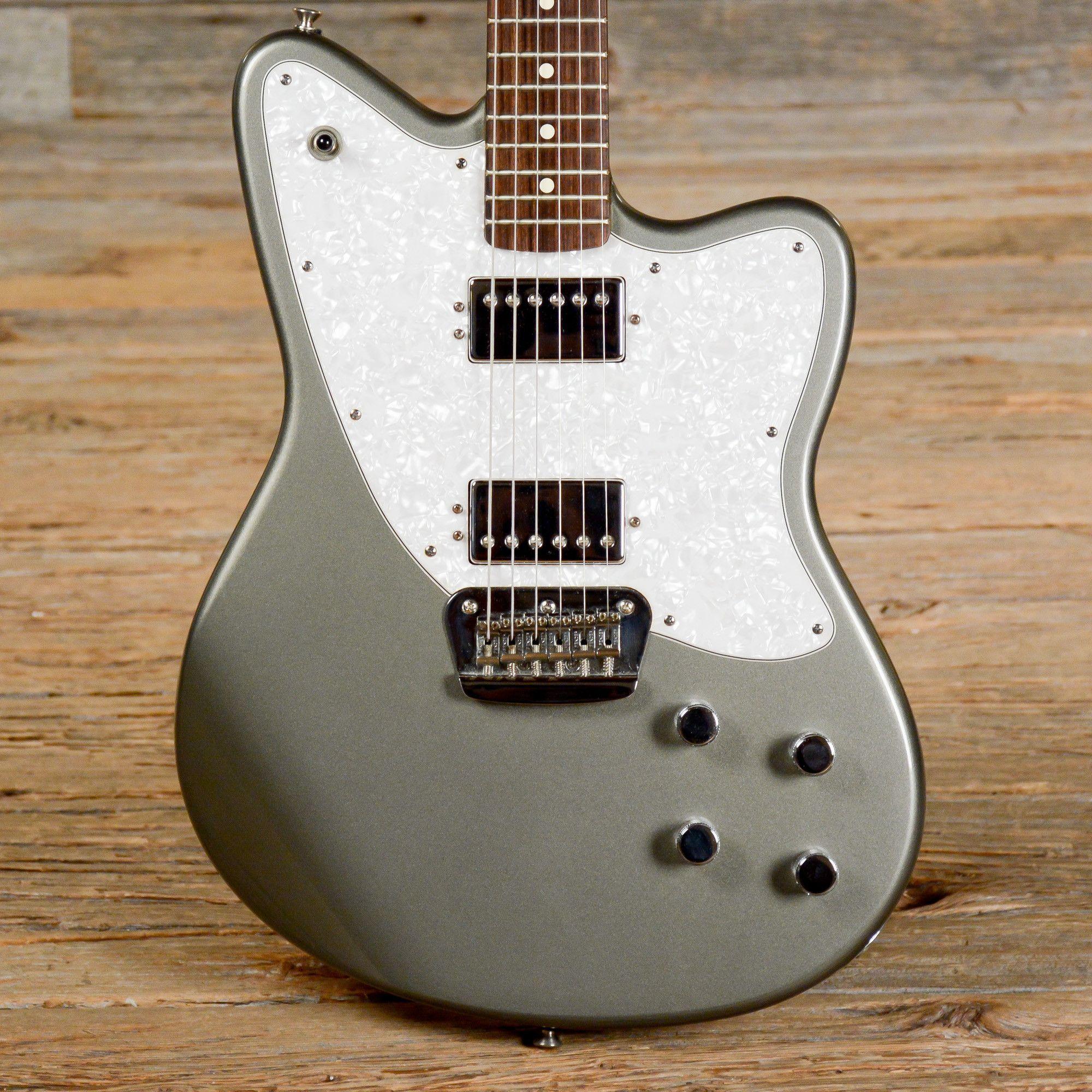 Fender toronado pewter 2002 s751 fender guitars pinterest fender toronado pewter 2002 s751 sciox Choice Image