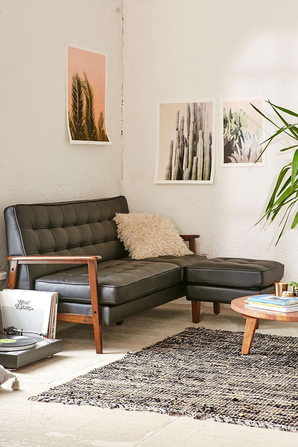 Delicieux Campbell Vegan Leather Sectional   Urban Outfitters