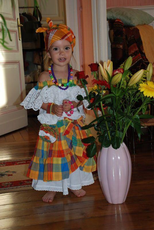 Costume antillais id es couture pinterest costumes d guisements et patron - Idee deguisement enfant ...