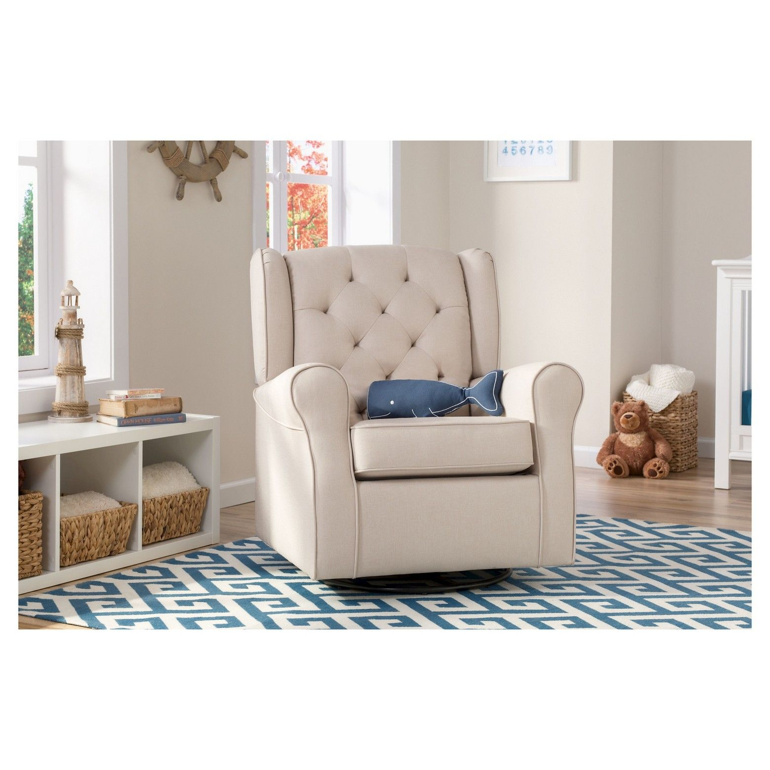 Durable fabric that s easy to clean br • Tufted with piped edges br