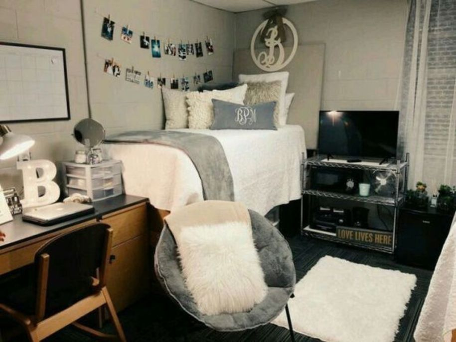 30+ Cute Girl Dorm Room Design Ideas #girldorms