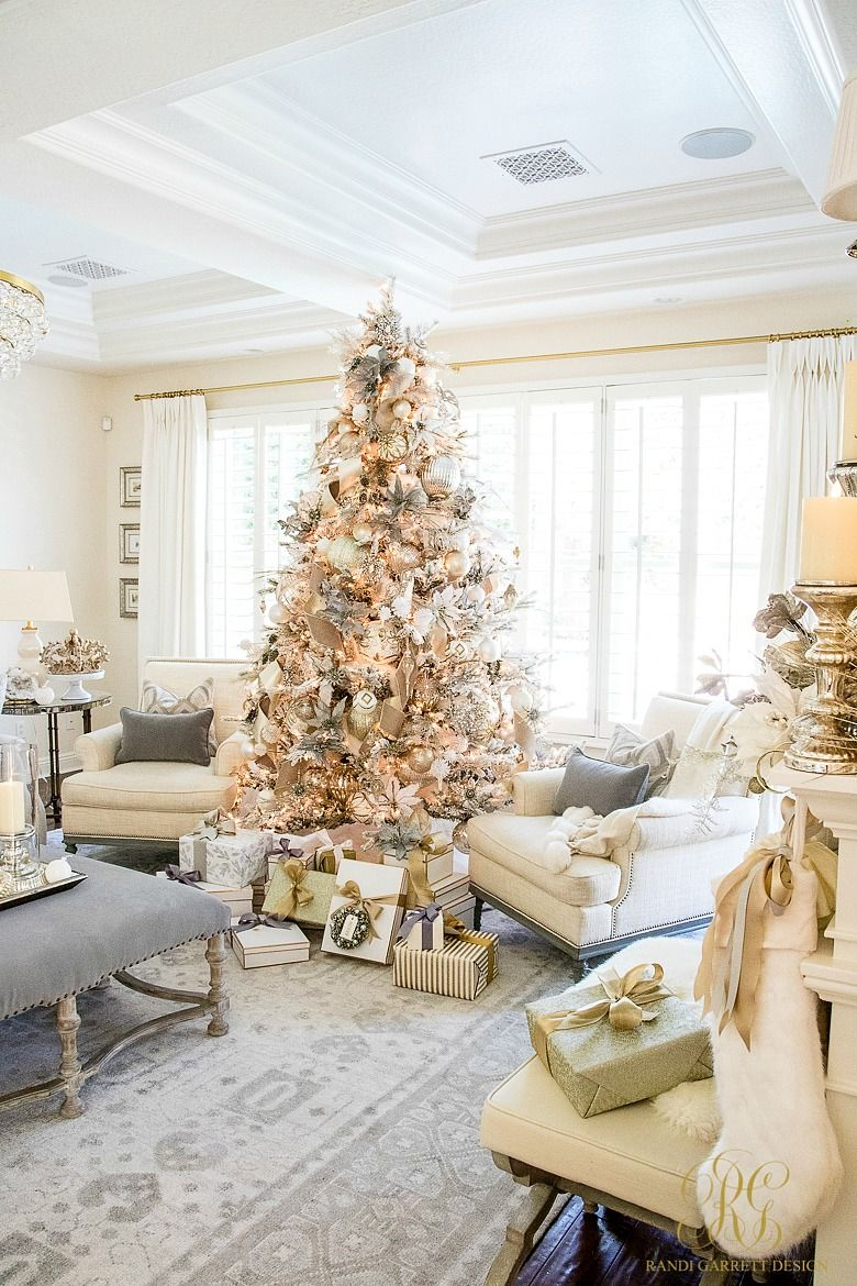 How To Decorate A Christmas Tree Video Tutorial With Images Christmas Home Christmas Bedroom Christmas Tree Design