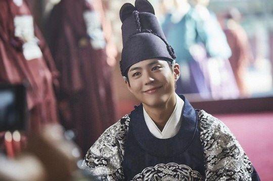 Phim Park Bo Gum thể hiện OST tiếp theo của Moonlight Drawn By Clouds-Mây Họa Ánh Trăng Tập 15 Vietsub