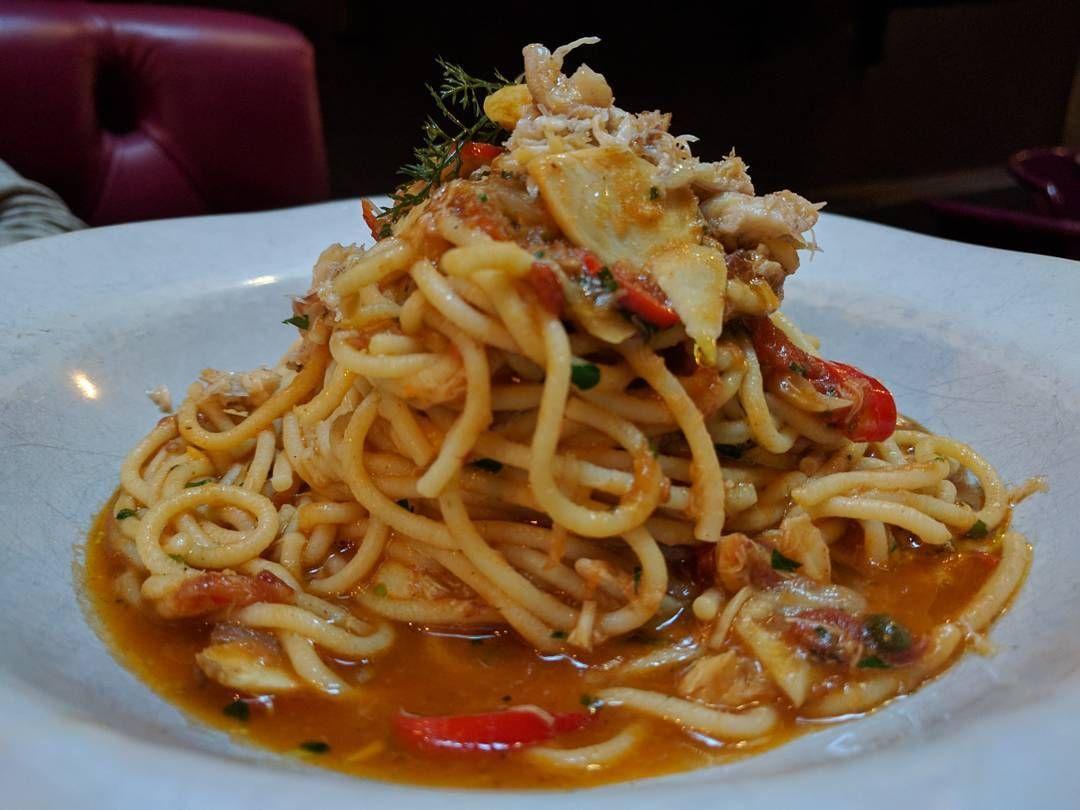 Fresh crab spaghetti Octopus ravioli  #jamiesitalian #jamiesitalianau #jamieoliver #crab #spaghetti #octopus #ravioli #pasta #italianfood #문어 #라비올리 #스파게티 #게 #파스타 #이탈리아 #이탈리아음식 #음식 #먹스타그램 #맛스타그램 #시드니 #맛집 #호주 #蟹 #章魚 #意大利面 #餛飩 #意大利餐 #澳洲 #悉尼