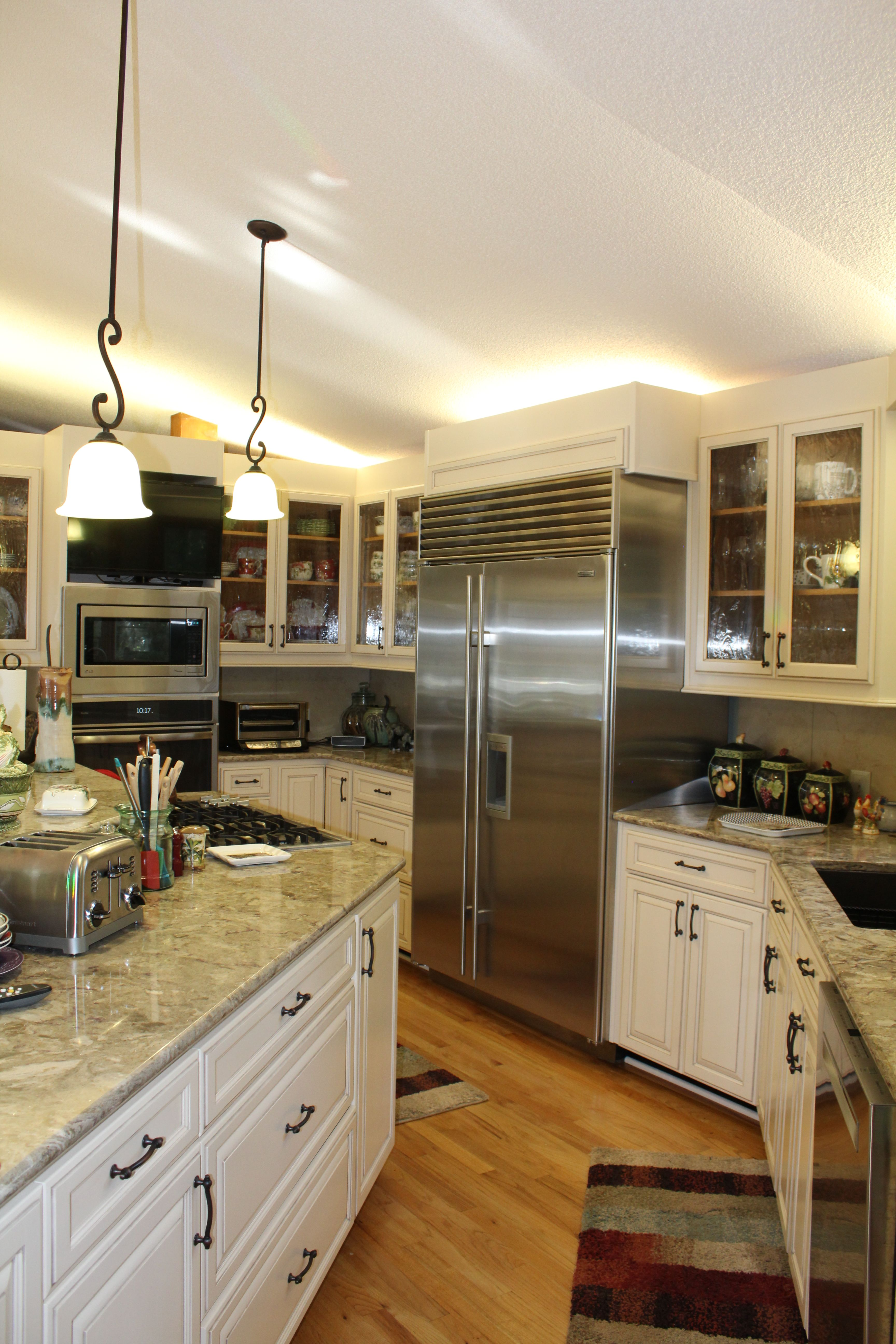Pin By Mcmanus Kitchen And Bath On Mkb Traditional Kitchen Refacing Kitchen Refacing Traditional Kitchen Service Kitchen