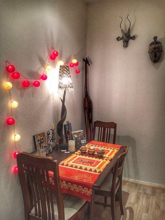 Herbstliche Dekorationsidee für dein Zimmer Die Sitzecke mit gelb - einrichtungsideen sitzecke in der kuche