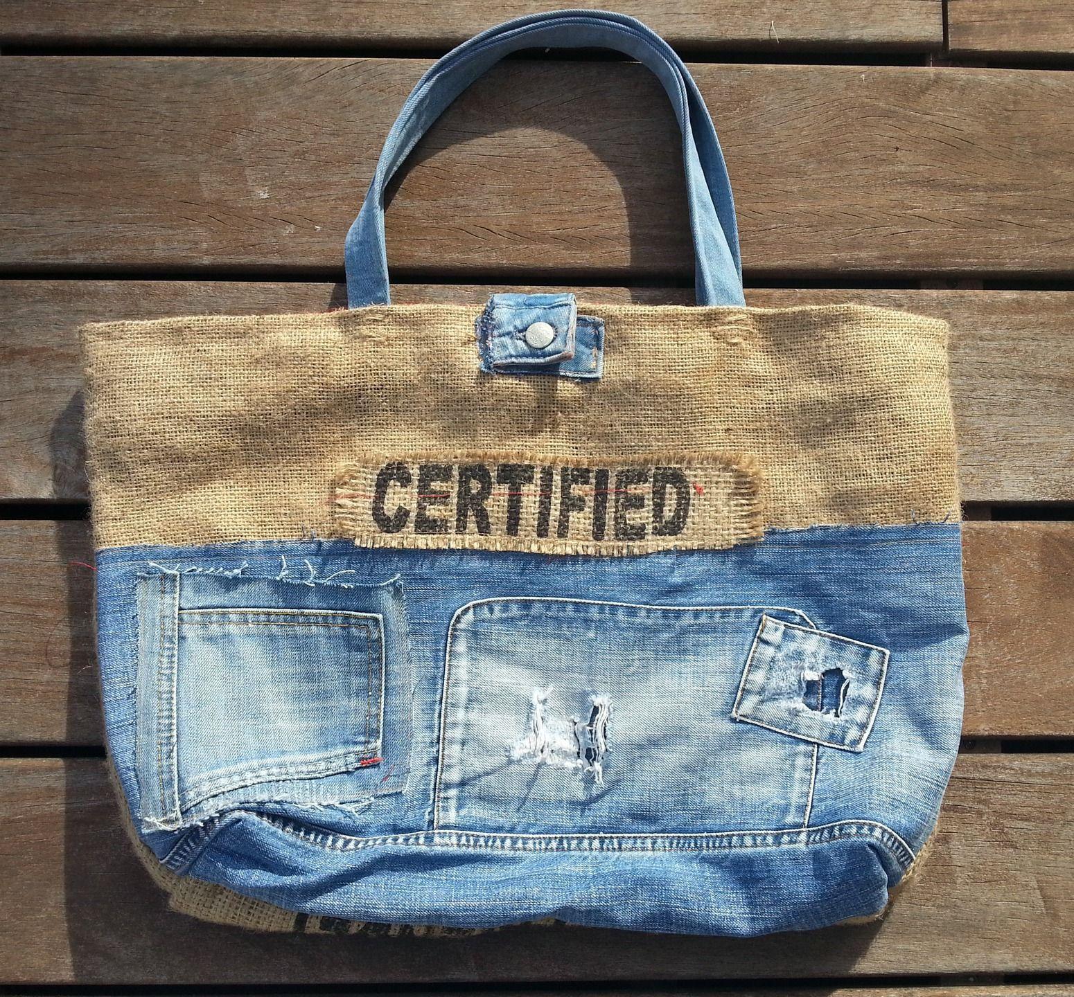 sac cabas xl en toile de jute et patchwork jeans sacs main par les damotes jeans. Black Bedroom Furniture Sets. Home Design Ideas