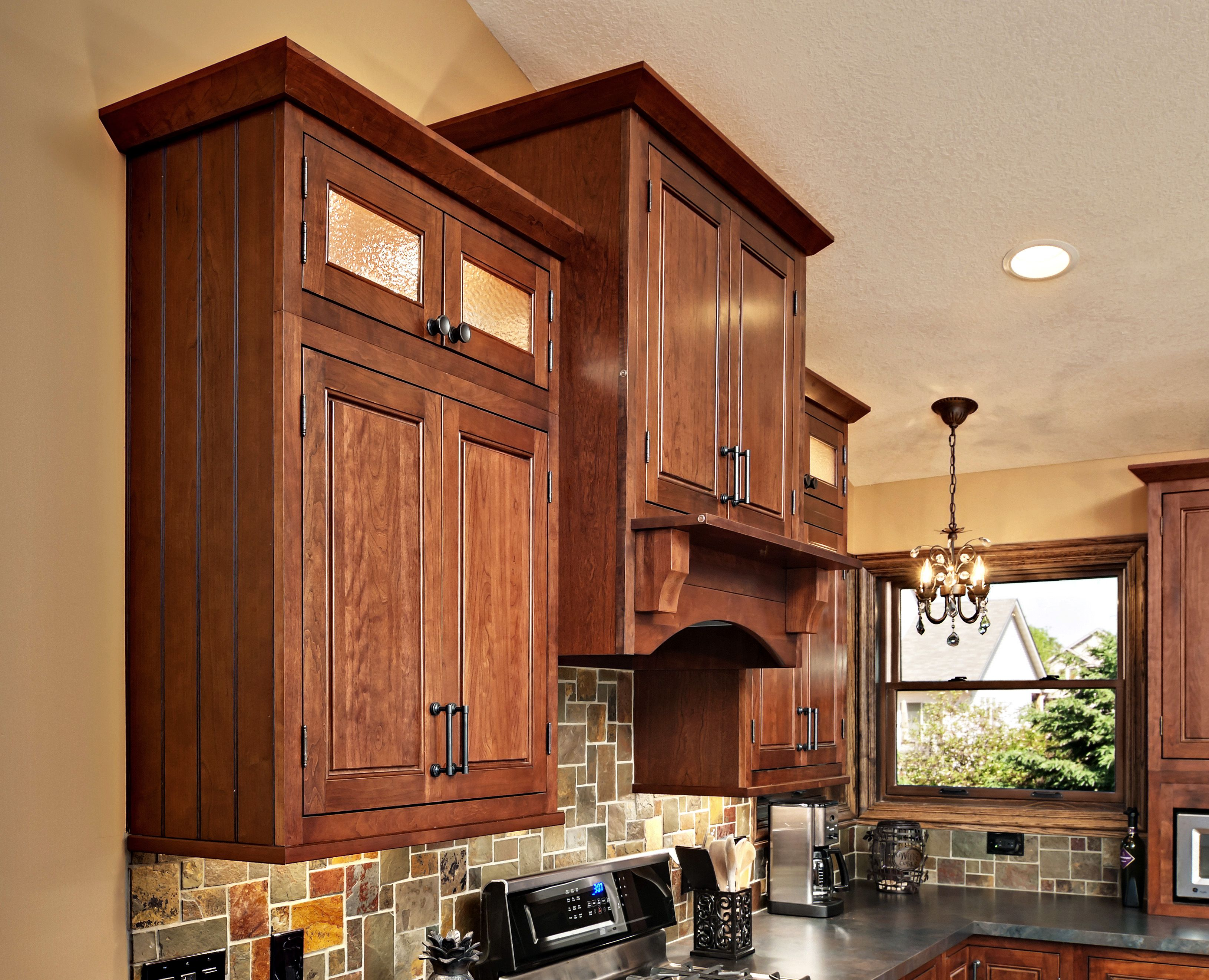The Kitchen Cabinets Are The Fairmont Inset Style From Cliqstudios Com In The Cherry Russet Finish Crown Moldi Kitchen Design Kitchen Remodel Kitchen Cabinets