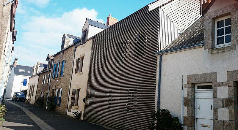Interesting façade.   Loire-Atlantique. Brittany