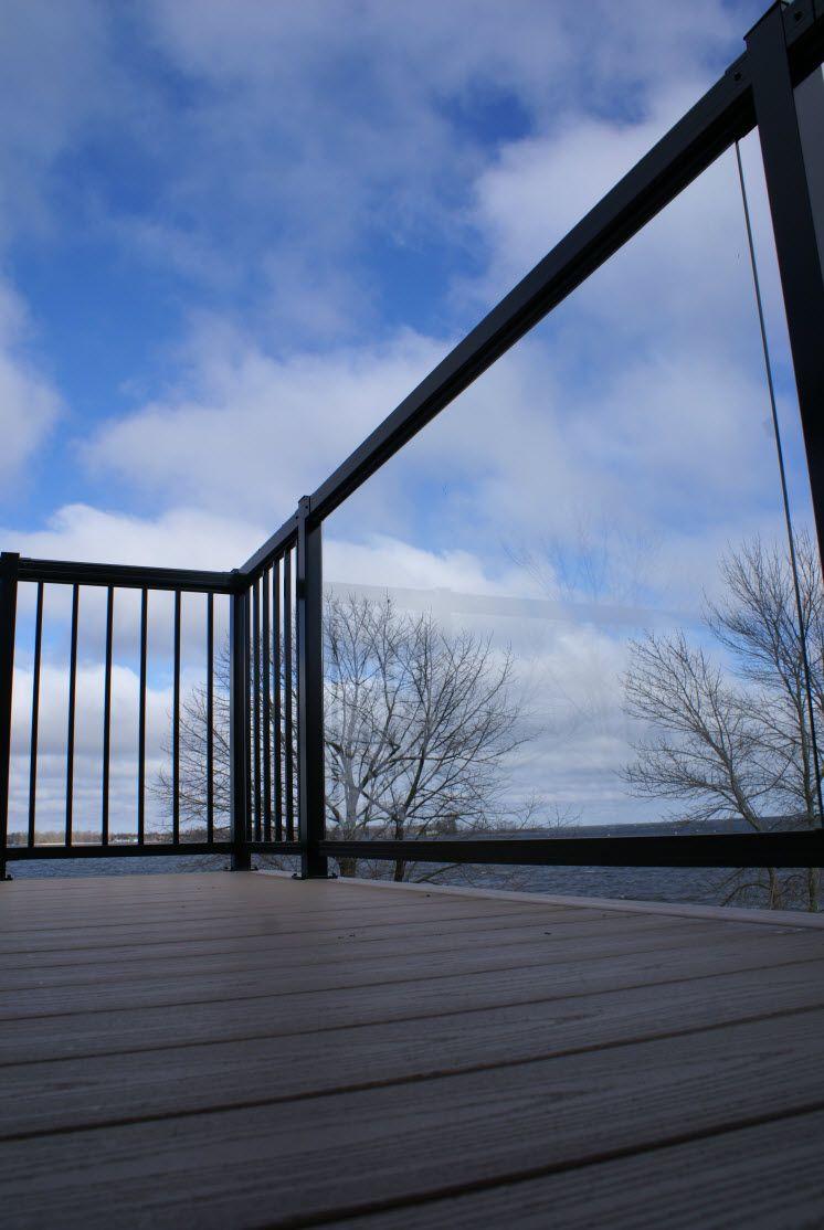 Deck railing powder coated finish on aluminum deck for Exterior glass railing