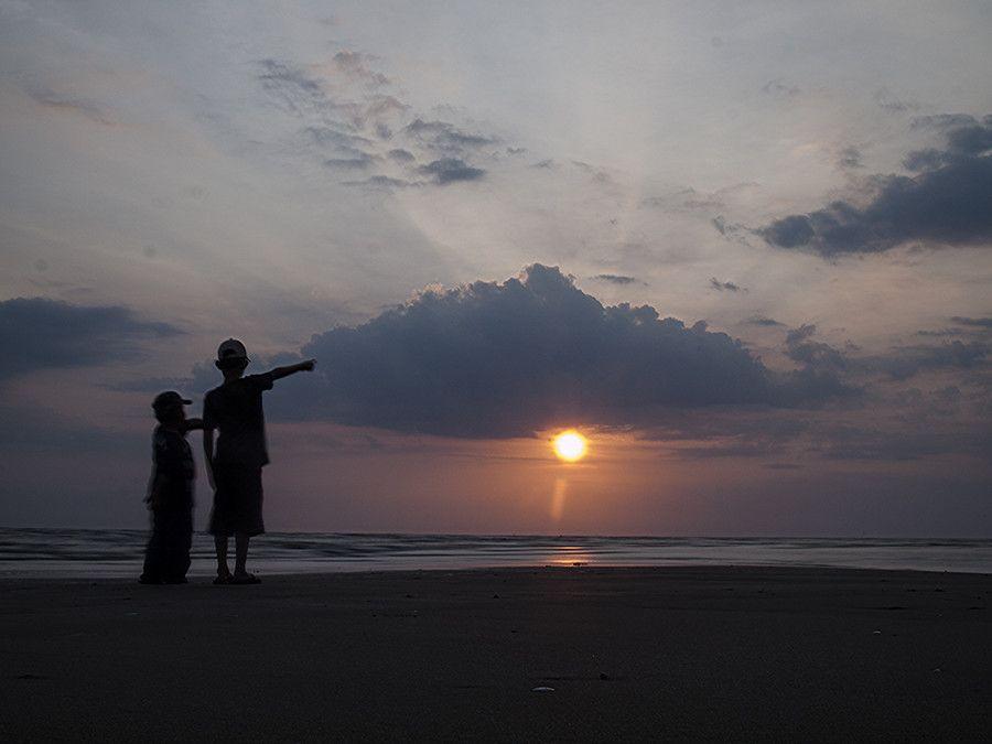 beutiful sunset by Ijal Qadri on 500px
