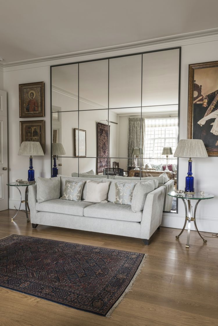 Erstaunlich Spiegel Wohnzimmer Couch Gestalten Kleine Räume Dekorieren Weiß