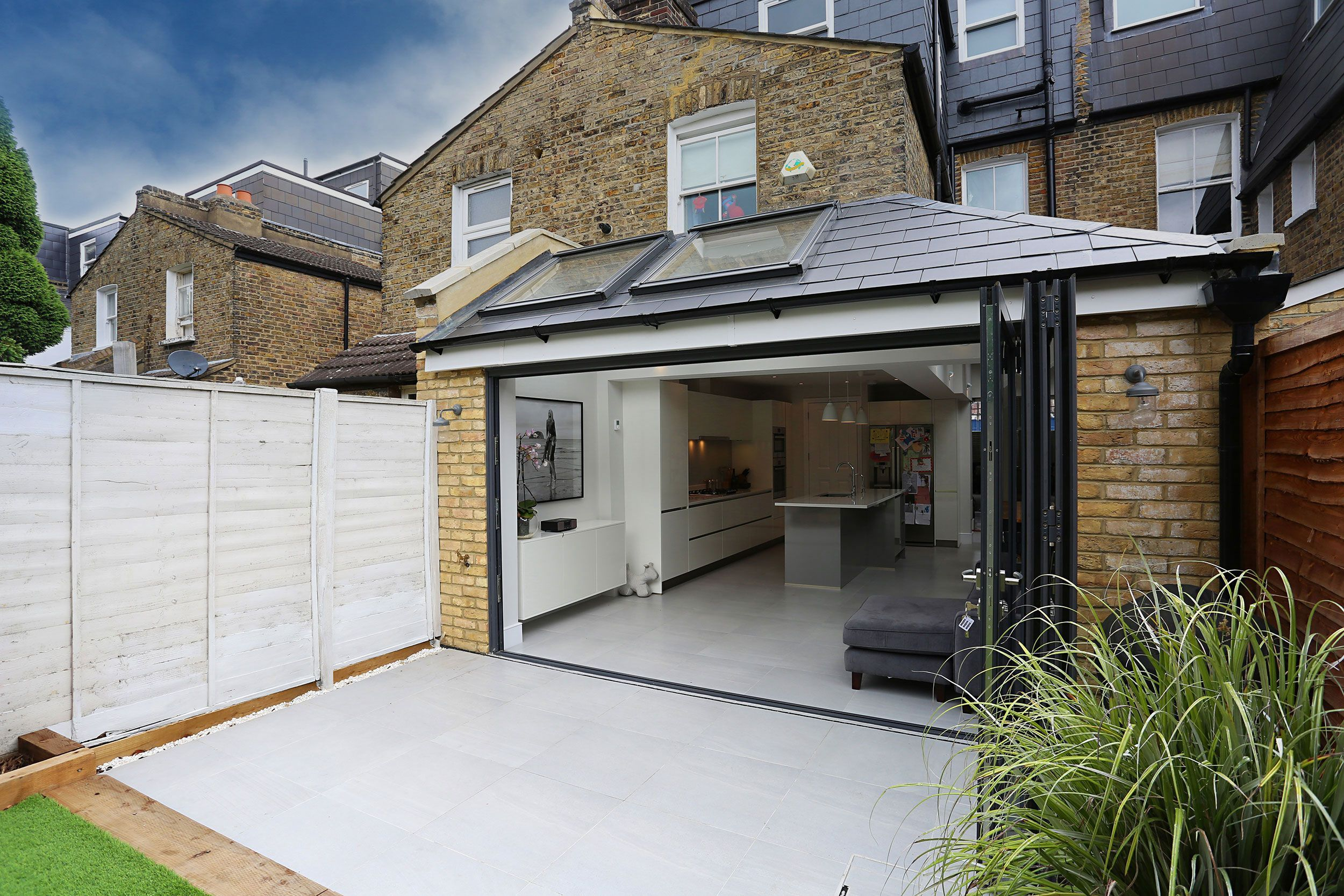 A Beautiful Classic Pitched To Hip Roof Kitchen Extension In Tooting Homeextensions A Beautifu House Extension Design House Extension Plans Kitchen Extension