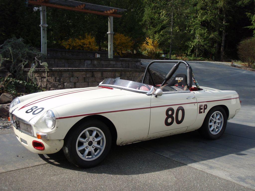 1967 mgb roadster sovren csrg vintage racer