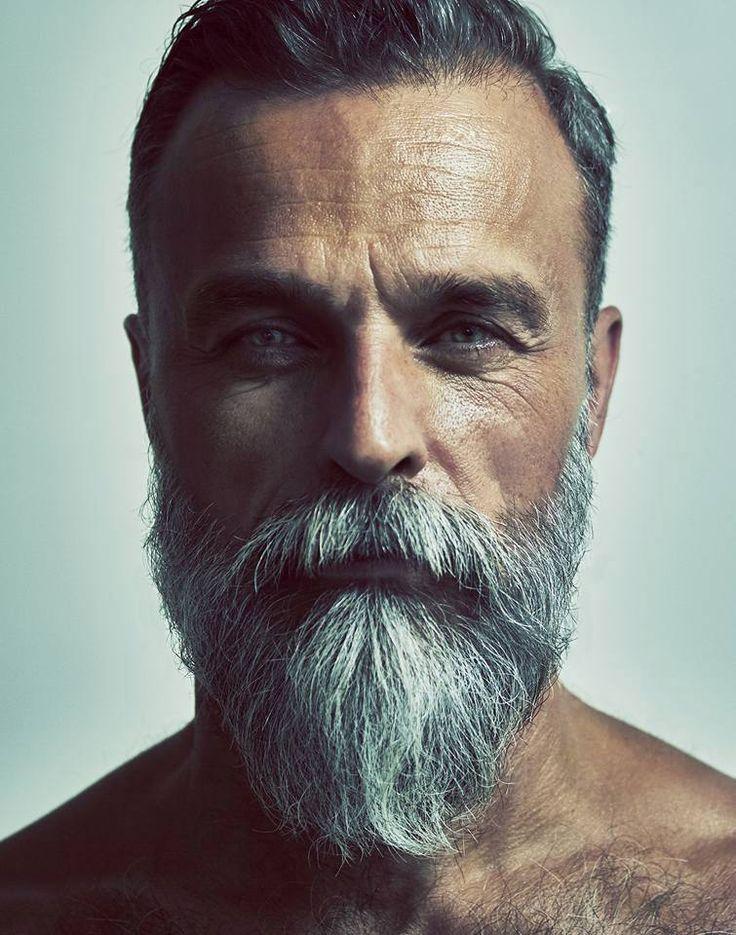 hübsche ältere schwule Männer