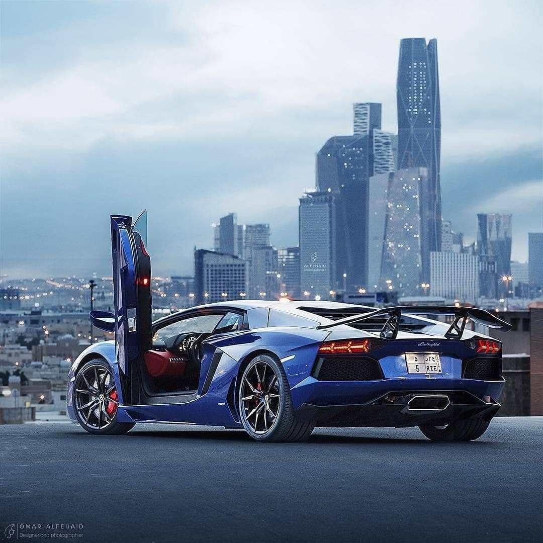 25 Inspirational Luxury Car Photo's.