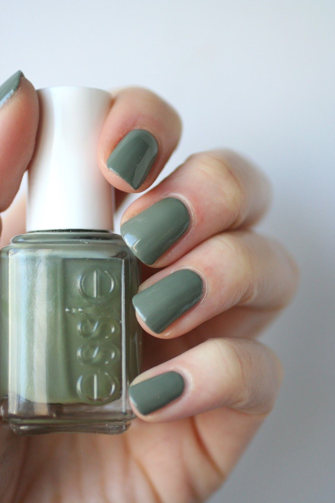 Essie Sew Psyched | Essie Envy | Pretty Nails | Pinterest | Psych ...