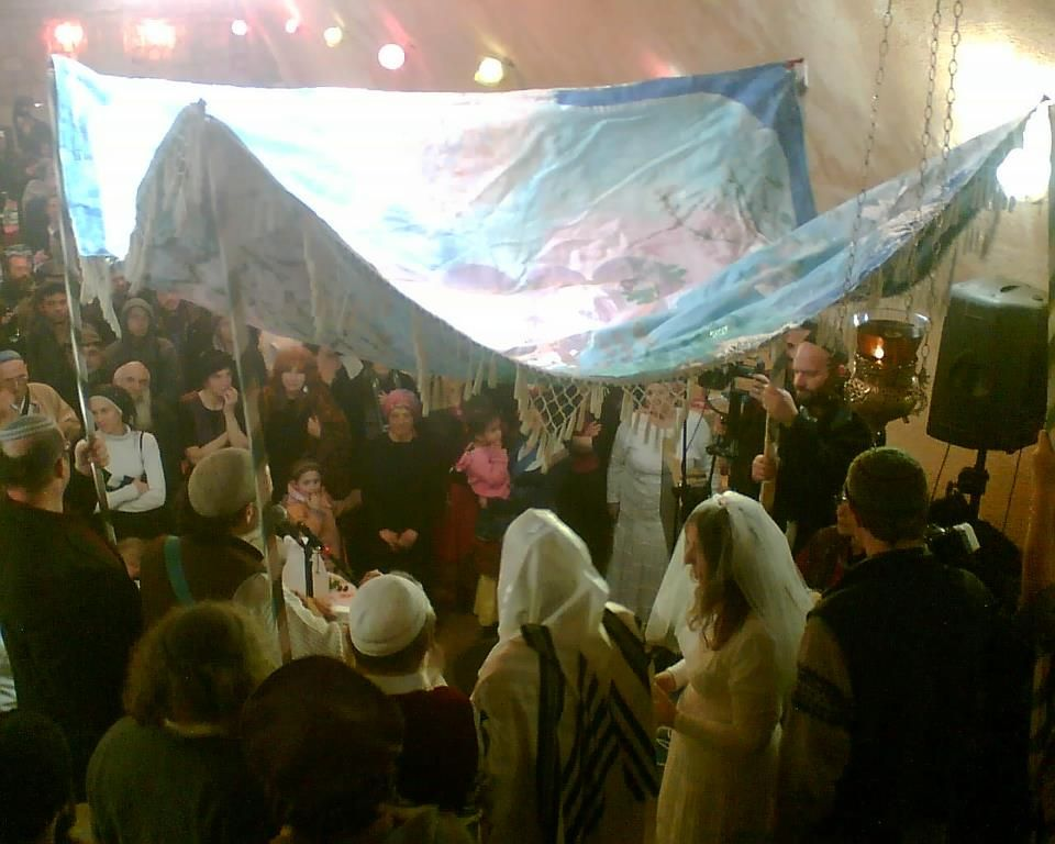 Chuppah in the Cave of Assaf, Mount Zion, Jerusalem. Stunning, elegant, and spiritually uplifting