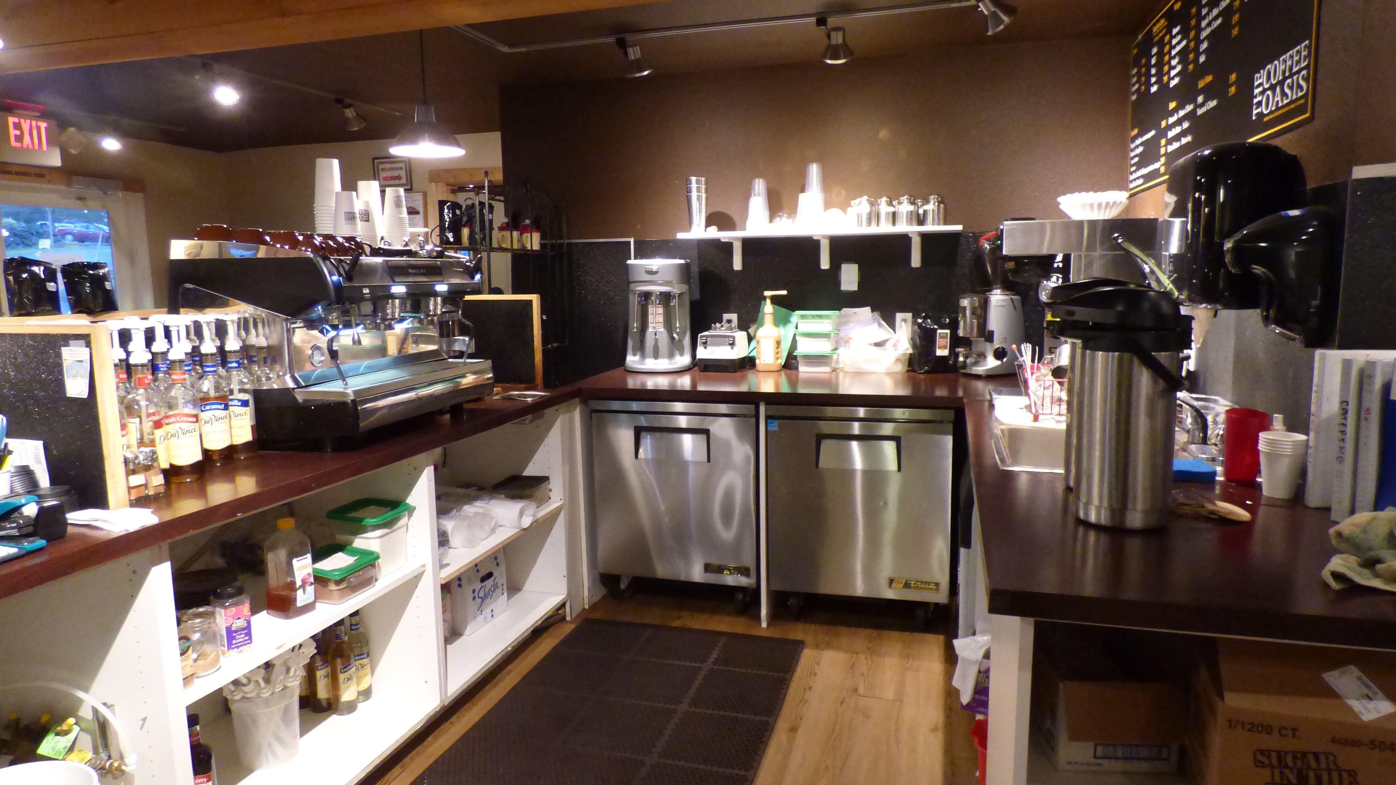 The Coffee Oasis Poulsbo Galley Kitsap Charity Kitsapcares Bremerton Poulsbo Port Orchard Photo Ken Rury Sponsored By Poulsbo Coffee Shop Business Hotel