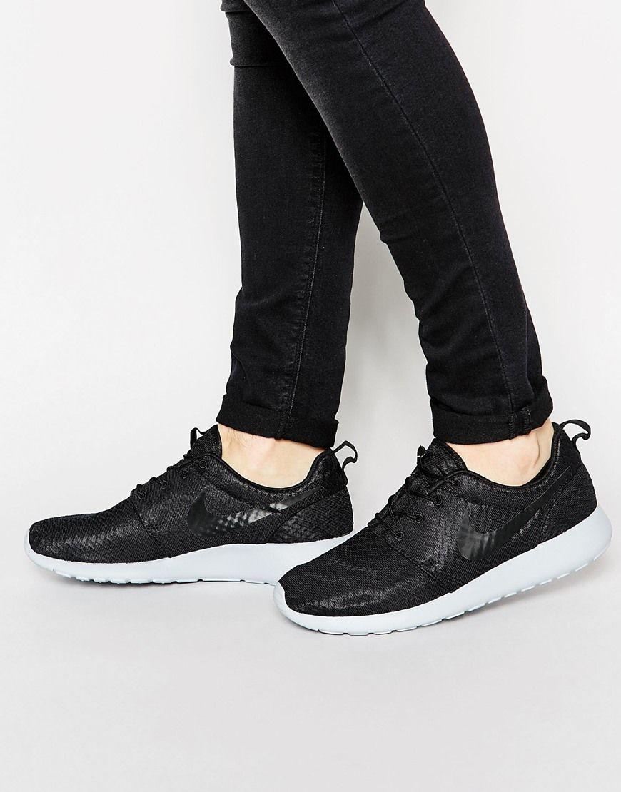 Image 1 of Nike Roshe Run Black & Grey Trainers | Nike roshe