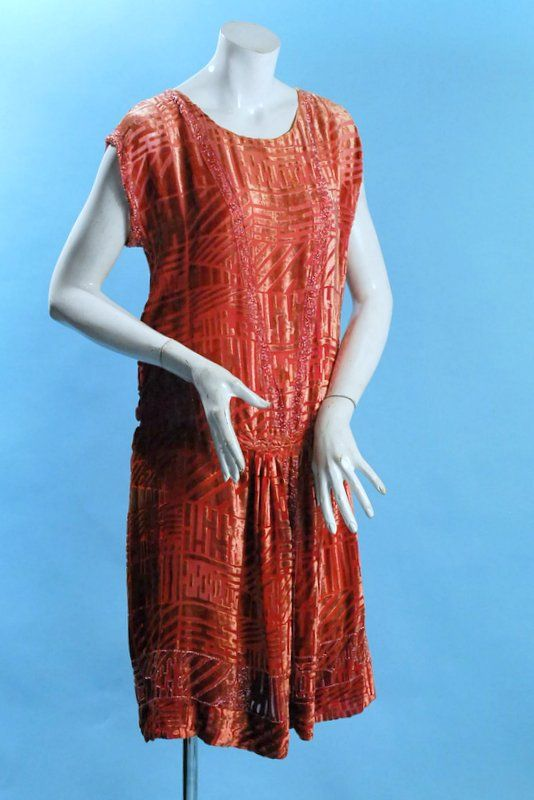 1920 Luminous Silk Cut Velvet Art Deco Design Flapper Dress w Beading