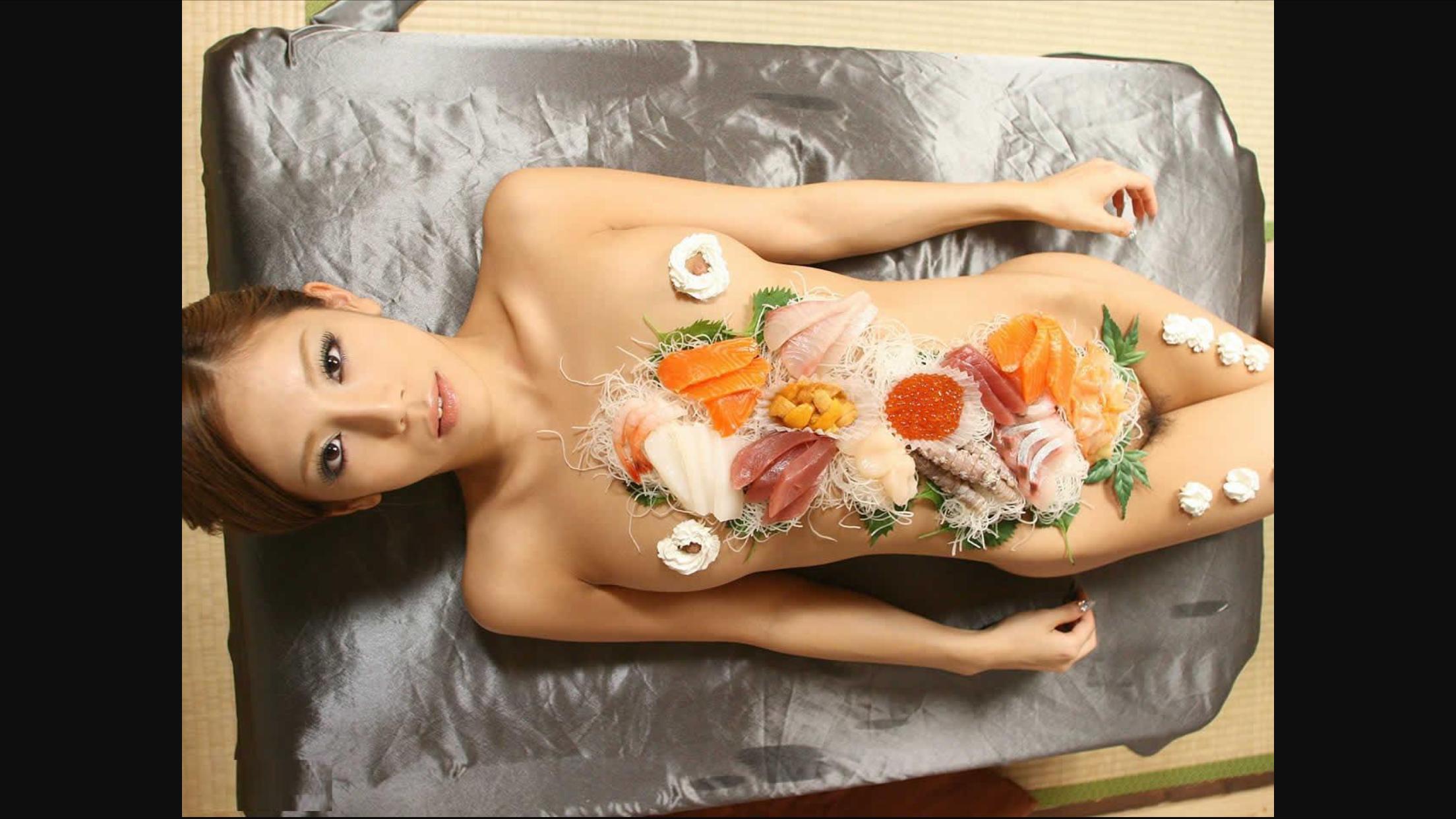 Naked susi model