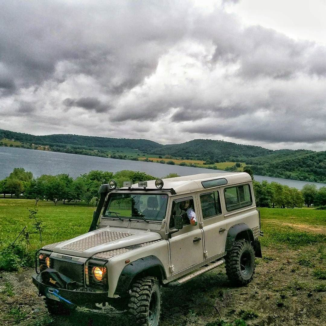 Land Rover Defender 110 Td5 Sw County Adventure Off Road Land