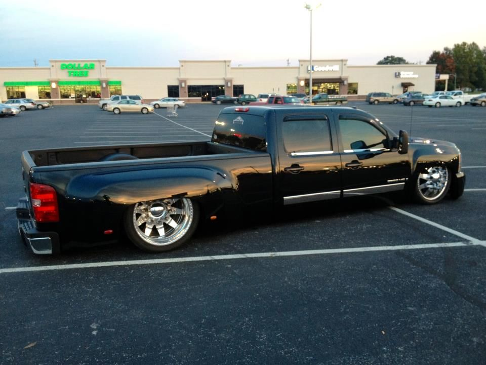 Chevy Dually Slammed Single Rear Wheels Not Duals Mini Trucks Lowrider Trucks Lowered Trucks