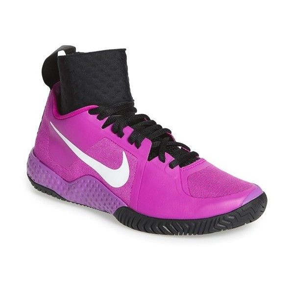 pretty nice 41b28 cde86 Nike  NikeCourt Flare  Tennis Shoe (750 SAR) ❤ liked on Polyvore featuring  shoes, athletic shoes, stretchy shoes, light weight tennis shoes, nike  shoes, ...