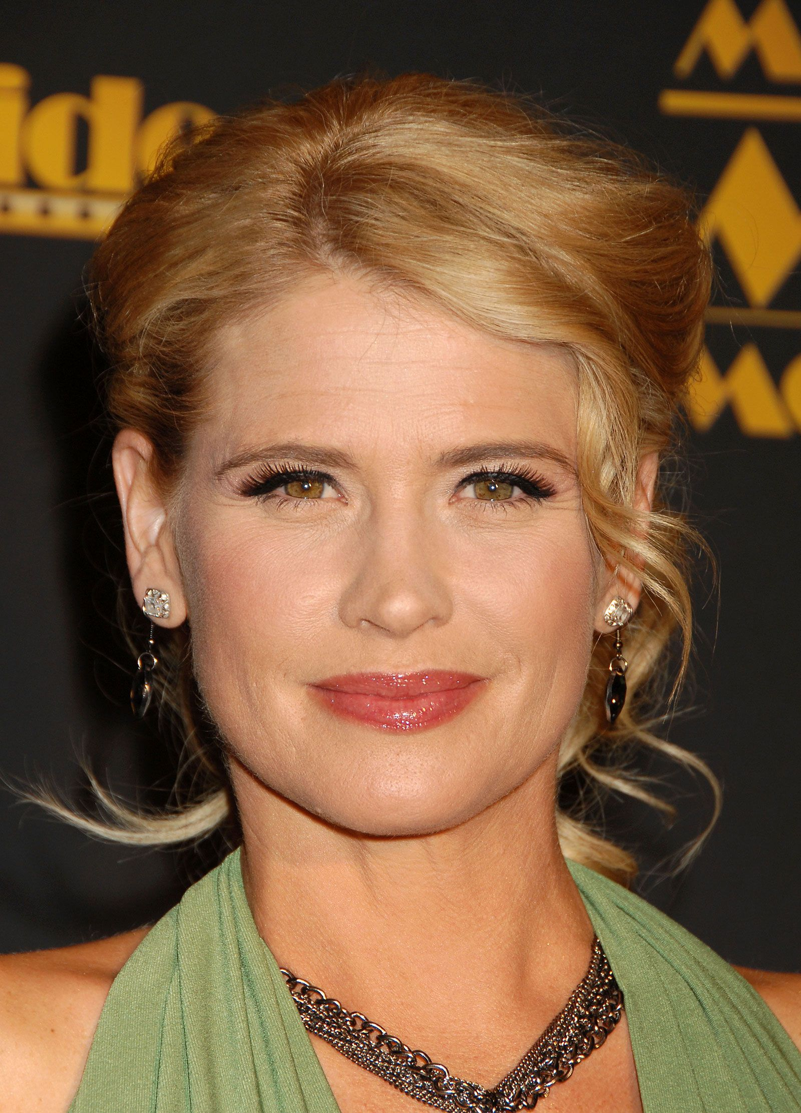 Kristy Swanson B 1969 Is An American Television And Award