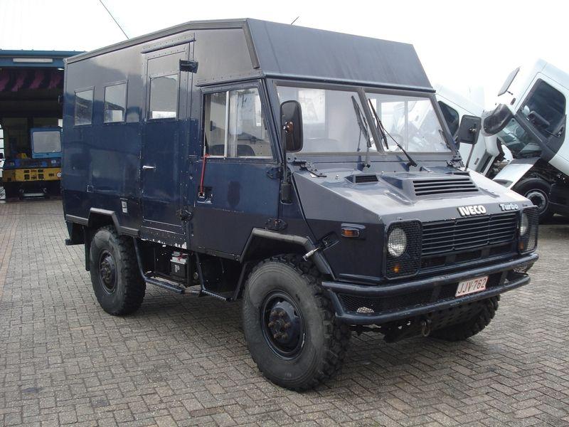 iveco 4x4 iveco 4x4 van expedition vehicle und. Black Bedroom Furniture Sets. Home Design Ideas