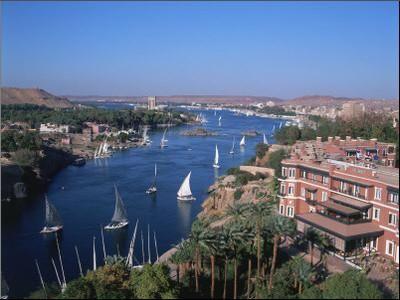 Nile And Old Cataract Hotel Aswan Egypt Photographic Print David Ball Art Com Aswan Egypt Places Around The World