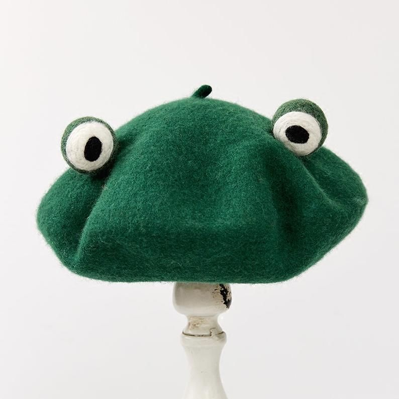 Needle Felted French Beret Hat: Frog Big Eyes