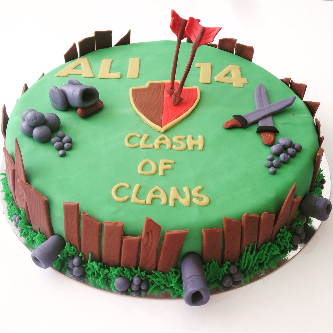 Clash Of Clans Cake Clash Royale Cake Birthday Cakes For Teens